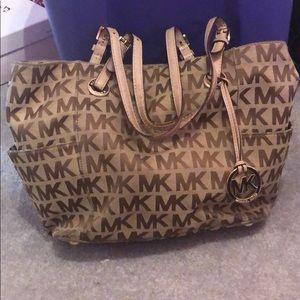 Michael Kors bag good condition